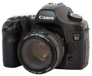 719px-Canon_EOS_5D